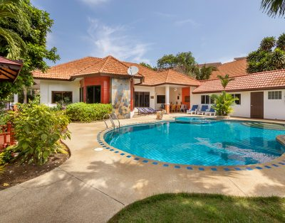 Villa Pattaya Hill minutes from the City and Beach
